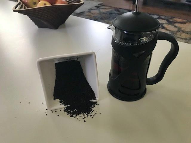 Kona French Press and freshly ground coffee